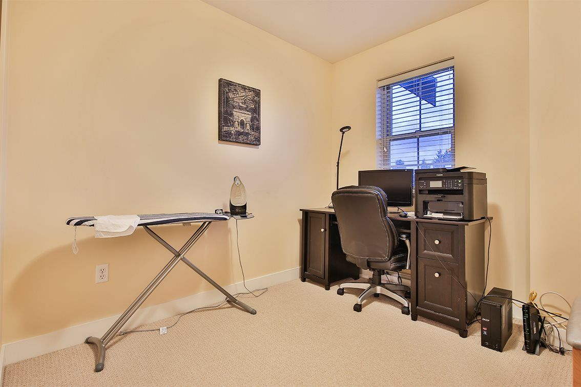 "Photo 11: Photos: 9 9525 204 Street in Langley: Walnut Grove Townhouse for sale in ""TIME"" : MLS® # R2233407"
