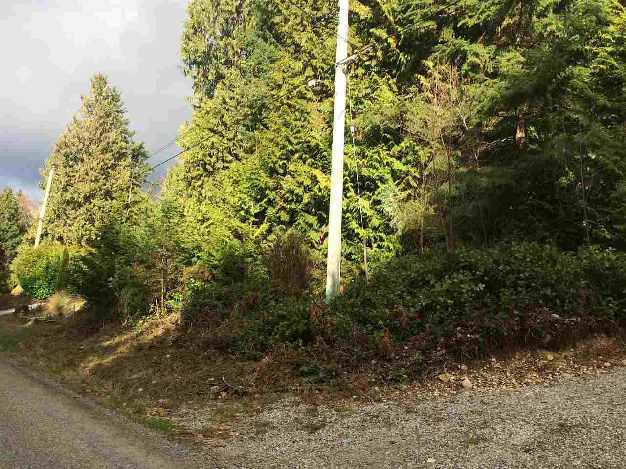 "Main Photo: LOT 1 GRANDVIEW Road in Gibsons: Gibsons & Area Home for sale in ""BONNIEBROOK"" (Sunshine Coast)  : MLS® # R2239418"