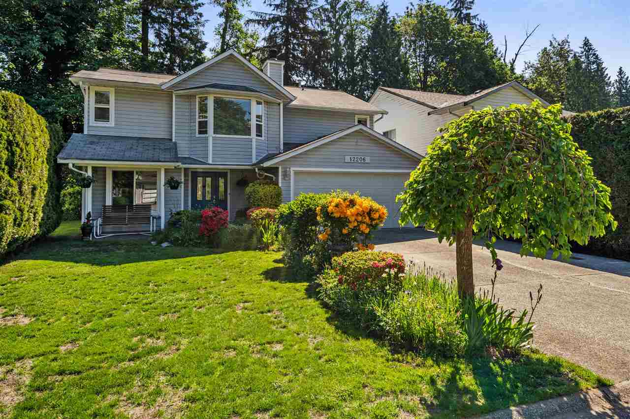 This is the home & the neighbourhood you have been waiting for. Easy walk to shopping, restaurants, transit, schools and the many amenities that West Maple Ridge has to offer. For the commuter in the family just mins from access to the Golden Ears Bridge.