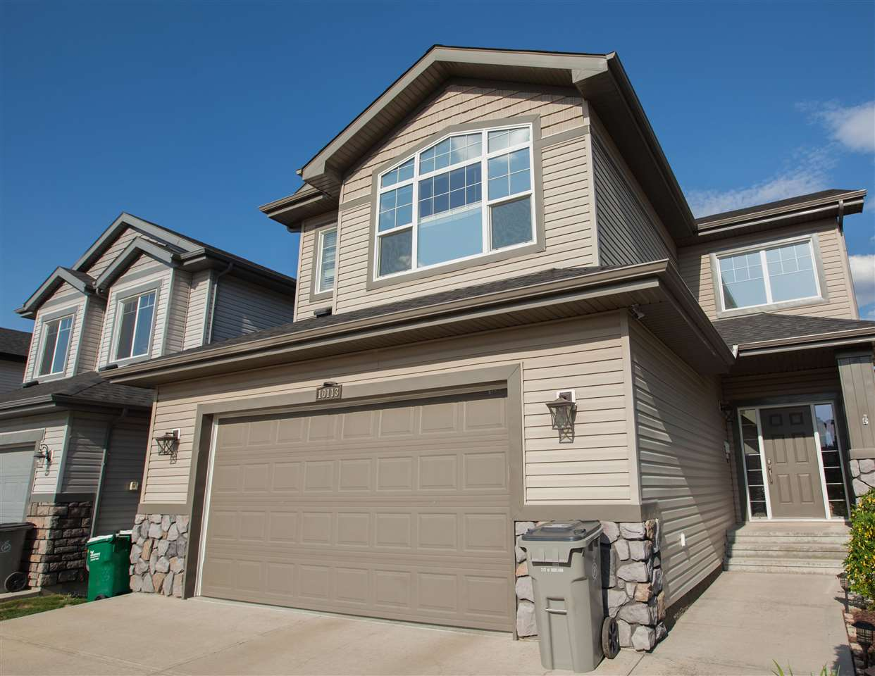 Main Photo: 10113 93 Street: Morinville House for sale : MLS®# E4127627