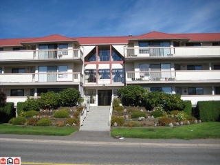 Main Photo: 207 33233 E BOURQUIN Crescent in Abbotsford: Central Abbotsford Condo for sale