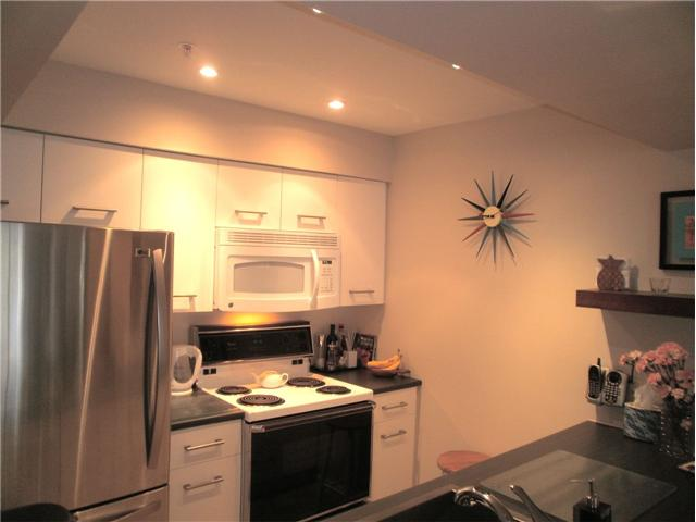 Photo 3: 106 2272 DUNDAS Street in Vancouver: Hastings Condo for sale (Vancouver East)  : MLS® # V905907