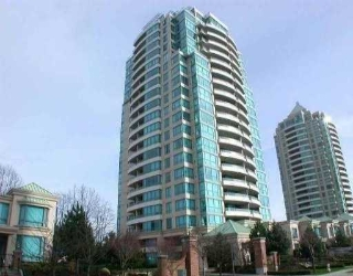 Main Photo: 307 6611 SOUTHOAKS CR in Burnaby: Middlegate BS Condo for sale (Burnaby South)  : MLS®# V528397