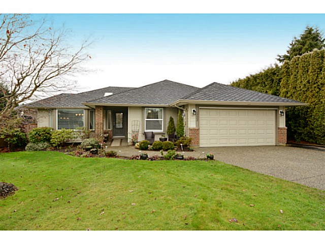 "Main Photo: 13502 14A Avenue in Surrey: Crescent Bch Ocean Pk. House for sale in ""Ocean Park"" (South Surrey White Rock)  : MLS® # F1432192"
