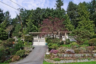 Main Photo: 5651 WESTHAVEN Road in West Vancouver: Eagle Harbour House for sale : MLS®# V1114047