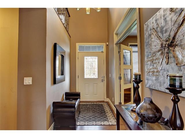 Photo 3: 384 TUSCANY ESTATES Rise NW in Calgary: Tuscany House for sale : MLS® # C4014226