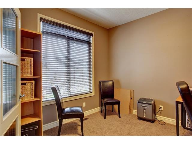 Photo 4: 384 TUSCANY ESTATES Rise NW in Calgary: Tuscany House for sale : MLS® # C4014226