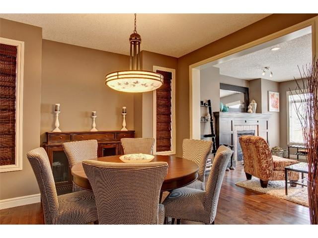 Photo 6: 384 TUSCANY ESTATES Rise NW in Calgary: Tuscany House for sale : MLS® # C4014226