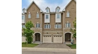 Main Photo: 739 Candlestick Circle in Mississauga: Hurontario House (3-Storey) for sale : MLS(r) # W3229768