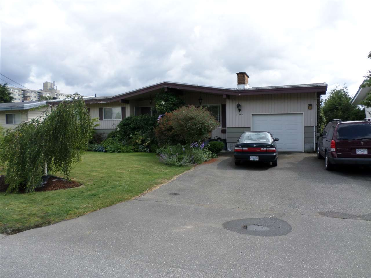 Main Photo: 31846 HOPEDALE Avenue in Abbotsford: Abbotsford West House for sale : MLS®# R2071353