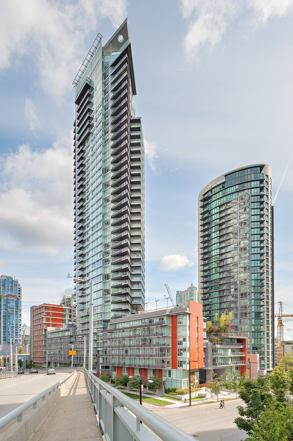 "Main Photo: 4105 1372 SEYMOUR Street in Vancouver: Downtown VW Condo for sale in ""THE MARK"" (Vancouver West)  : MLS® # R2072885"