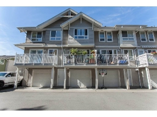 "Main Photo: 2 5255 201A Street in Langley: Langley City Townhouse for sale in ""Kensington Court"" : MLS(r) # R2087880"