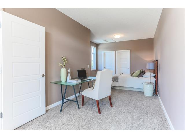 Photo 9: 4514 73 Street NW in Calgary: Bowness House for sale : MLS(r) # C4075308