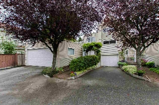 "Main Photo: 1 5635 LADNER TRUNK Road in Delta: Hawthorne Townhouse for sale in ""Hawthorne"" (Ladner)  : MLS® # R2106252"