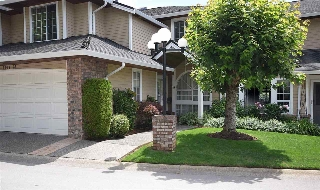 "Main Photo: 28 6061 W BOUNDARY Drive in Surrey: Panorama Ridge Townhouse for sale in ""Lakewood Place Boundary Park"" : MLS(r) # R2109032"