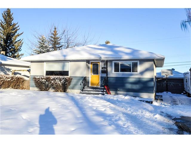 Main Photo: 1912 GLENWOOD Drive SW in Calgary: Glendale House for sale : MLS(r) # C4093243