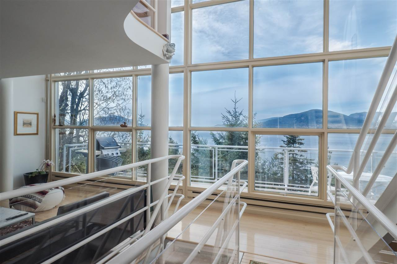 Photo 2: 90 ISLEVIEW Place: Lions Bay House for sale (West Vancouver)  : MLS(r) # R2151252