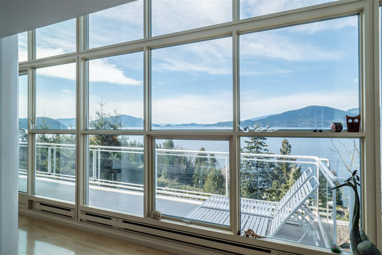 Photo 12: 90 ISLEVIEW Place: Lions Bay House for sale (West Vancouver)  : MLS(r) # R2151252