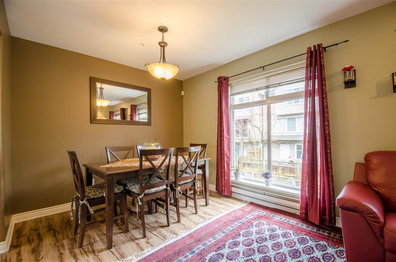 Photo 7: Photos: 17 2538 PITT RIVER Road in Port Coquitlam: Mary Hill Townhouse for sale : MLS®# R2151946