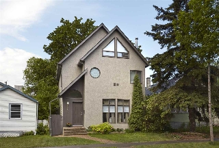 Main Photo: 9813 83 Avenue in Edmonton: Zone 15 House for sale : MLS(r) # E4060805
