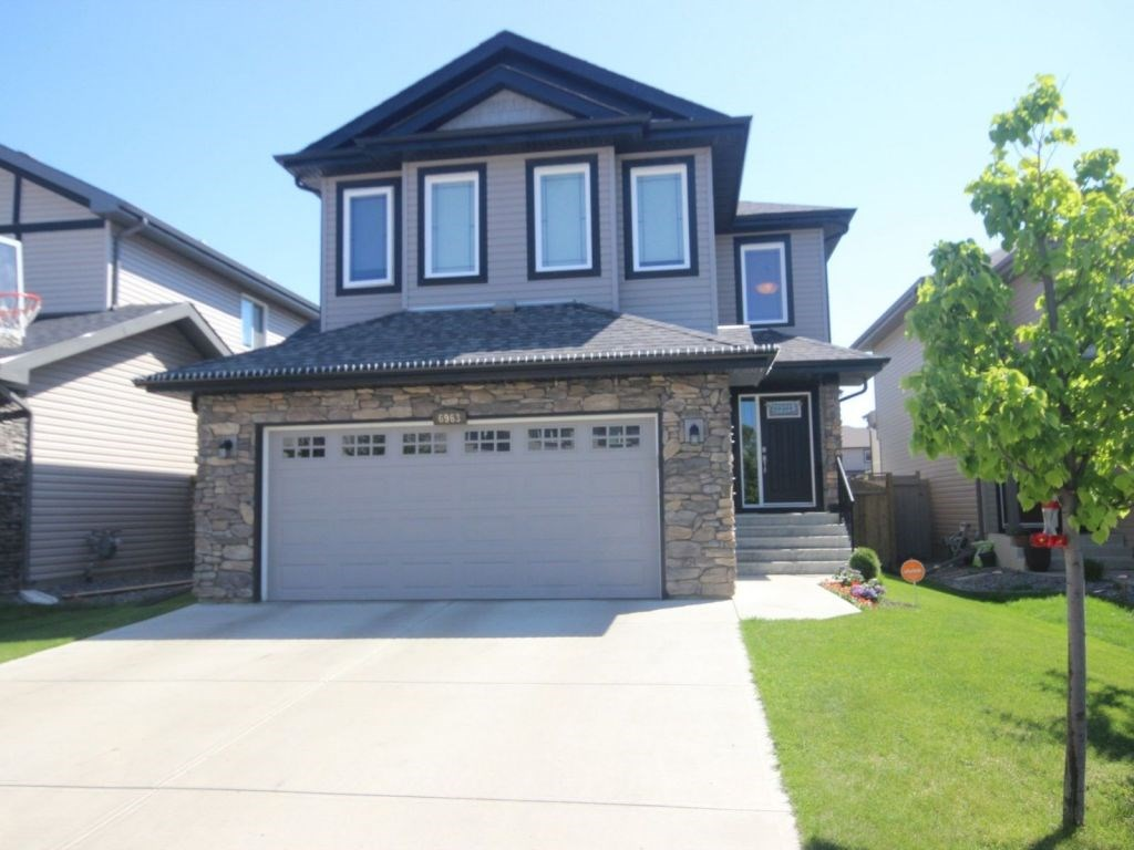 Photo 3: 6963 19A Avenue in Edmonton: Zone 53 House for sale : MLS(r) # E4068166
