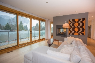 "Main Photo: 38495 SKY PILOT Drive in Squamish: Plateau House for sale in ""Crumpit Woods"" : MLS® # R2188455"