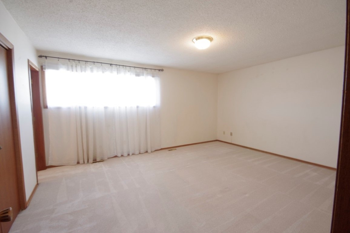 Really spacious, can accomodate large dressers or king size bed quite easily.