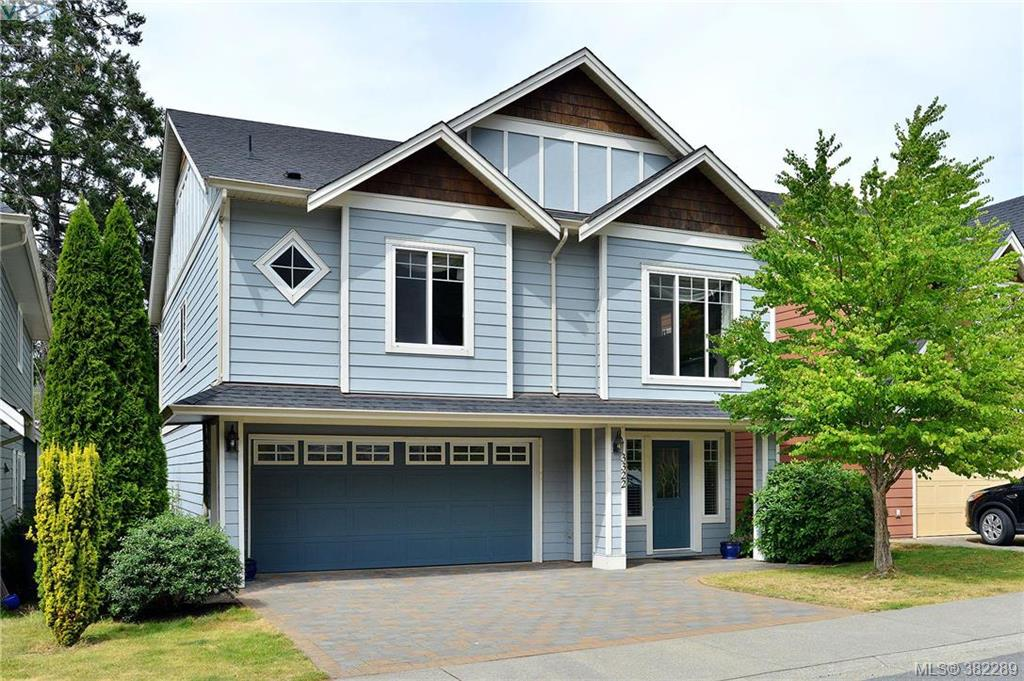 Main Photo: 3322 Blueberry Lane in VICTORIA: La Happy Valley Single Family Detached for sale (Langford)  : MLS® # 382289