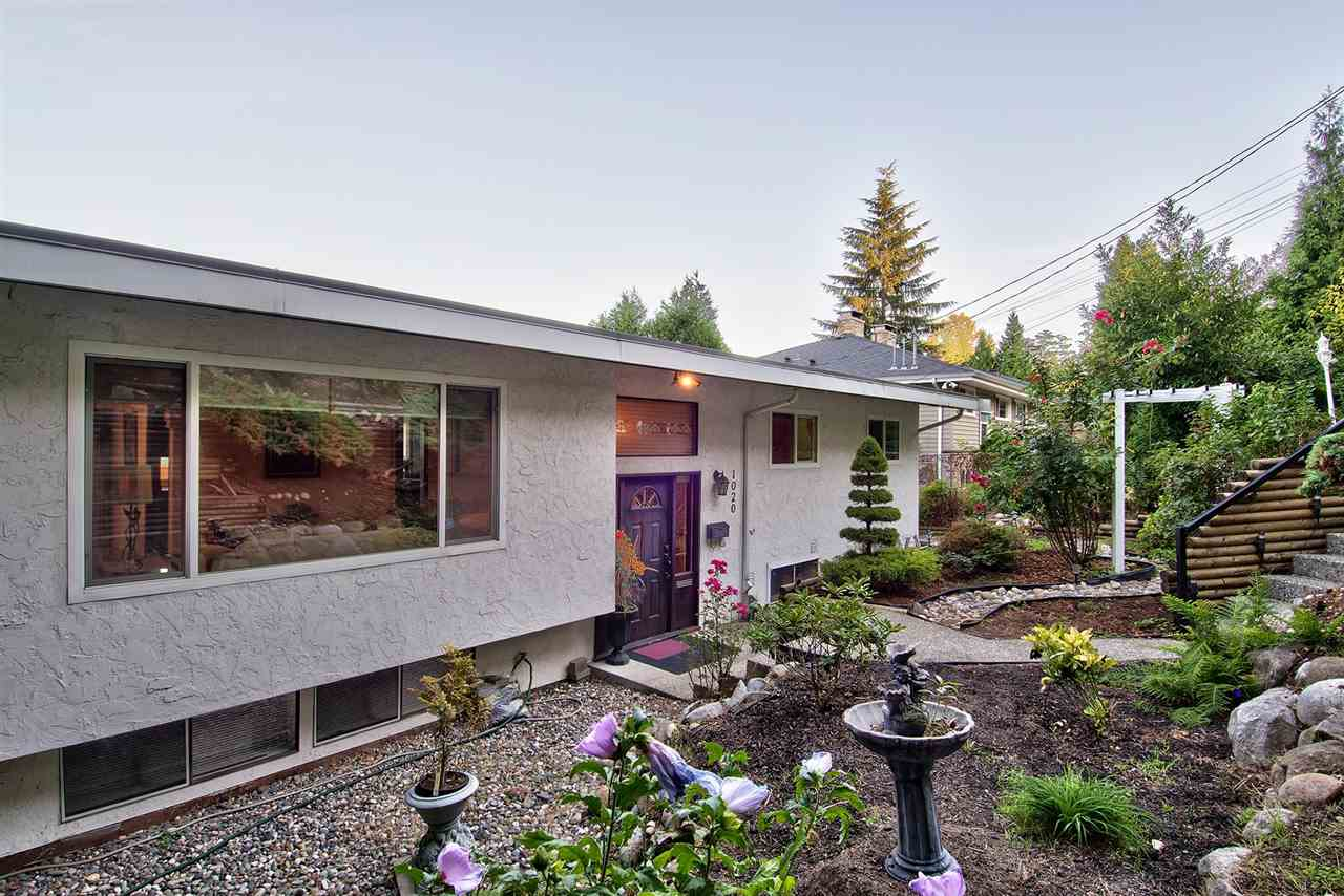 Main Photo: 1020 TUXEDO Drive in Port Moody: College Park PM House for sale : MLS® # R2205847