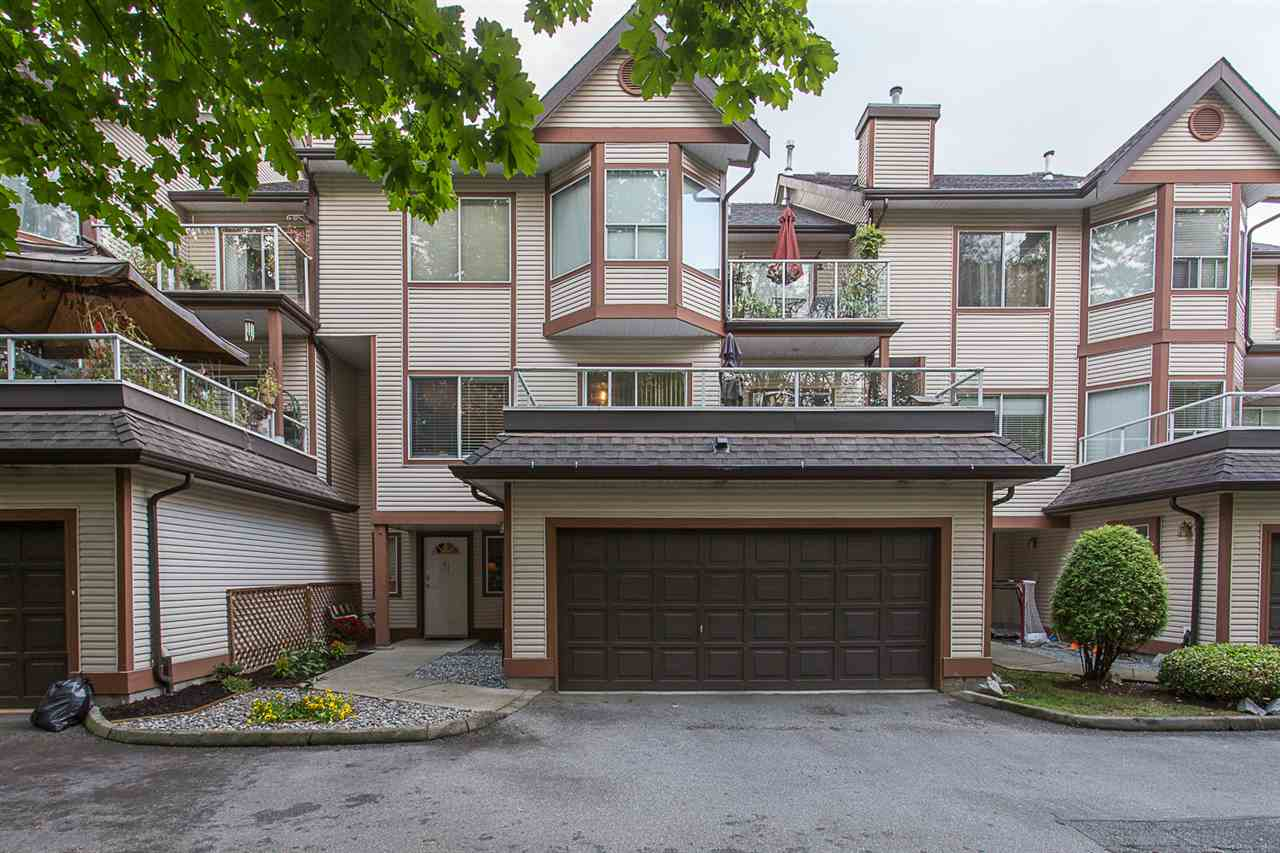 "Main Photo: 61 23151 HANEY Bypass in Maple Ridge: East Central Townhouse for sale in ""Stonehouse Estates"" : MLS®# R2207958"