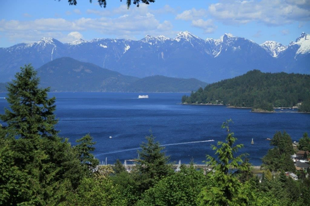 Main Photo: 618 GOWER POINT & BLOCK 1 SHAW in Gibsons: Gibsons & Area Home for sale (Sunshine Coast)  : MLS® # R2231386