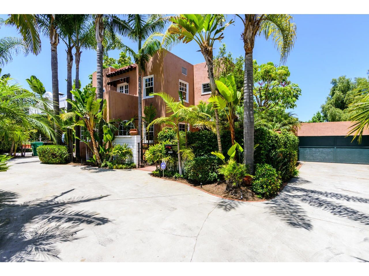 FEATURED LISTING: 2808 Chatsworth Blvd San Diego