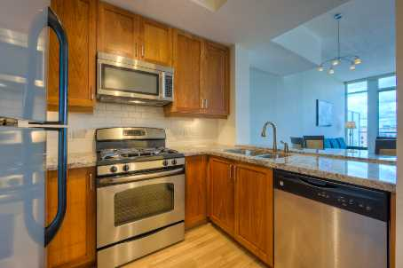 Photo 2: 920 388 Richmond Street in Toronto: Condo for sale (Toronto C01)  : MLS(r) # C2471621