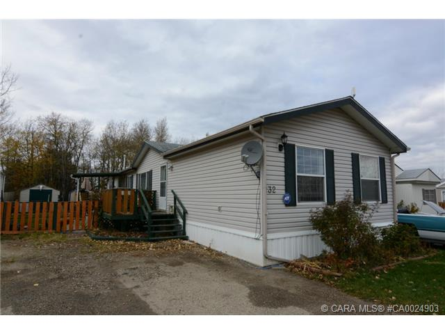Main Photo: 132 Meadow Drive in Benalto: RC Benalto Residential Mobile for sale (Red Deer County)  : MLS® # CA0024903