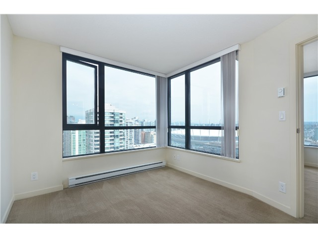 "Photo 9: # 2605 977 MAINLAND ST in Vancouver: Yaletown Condo for sale in ""YALETOWN PARK"" (Vancouver West)  : MLS(r) # V1033564"