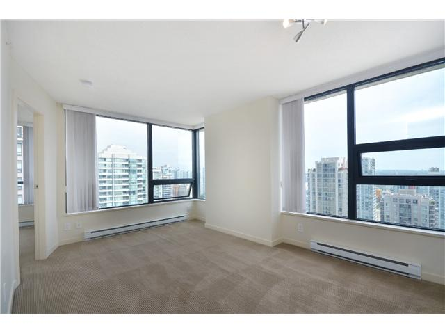 "Photo 6: # 2605 977 MAINLAND ST in Vancouver: Yaletown Condo for sale in ""YALETOWN PARK"" (Vancouver West)  : MLS(r) # V1033564"