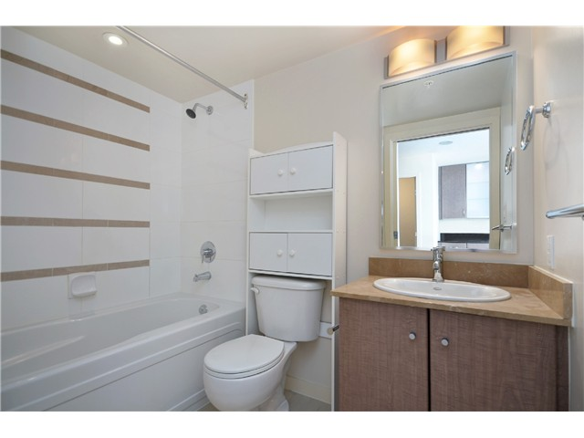 "Photo 10: # 2605 977 MAINLAND ST in Vancouver: Yaletown Condo for sale in ""YALETOWN PARK"" (Vancouver West)  : MLS(r) # V1033564"