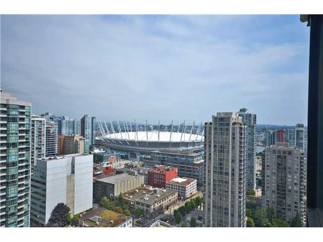 "Photo 11: # 2605 977 MAINLAND ST in Vancouver: Yaletown Condo for sale in ""YALETOWN PARK"" (Vancouver West)  : MLS(r) # V1033564"