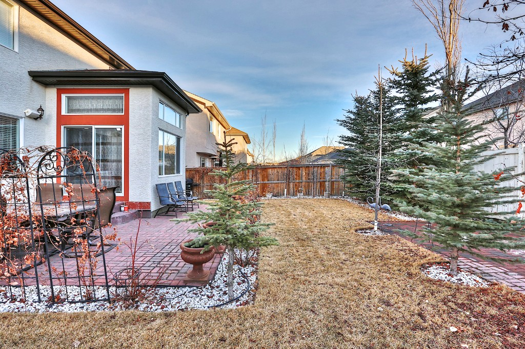 Photo 19: 239 EVERWILLOW Parkway SW in Calgary: Evergreen House for sale : MLS® # C3654772