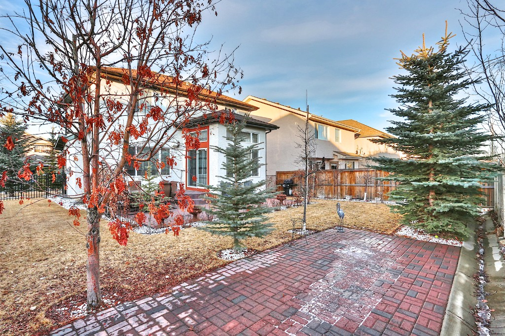 Photo 21: 239 EVERWILLOW Parkway SW in Calgary: Evergreen House for sale : MLS® # C3654772