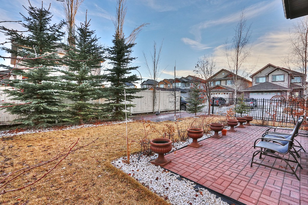 Photo 20: 239 EVERWILLOW Parkway SW in Calgary: Evergreen House for sale : MLS® # C3654772