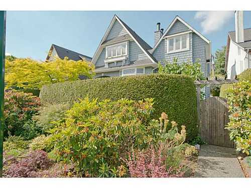 Photo 1: 2567 5TH Ave W in Vancouver West: Kitsilano Home for sale ()  : MLS® # V1013166