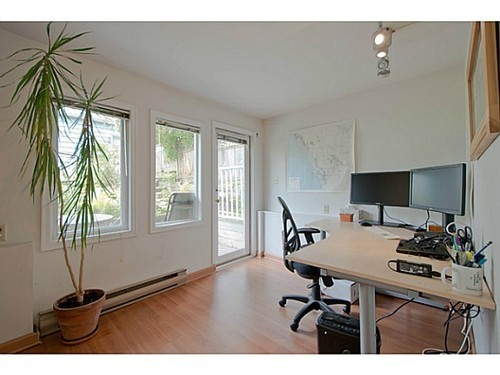 Photo 8: 2567 5TH Ave W in Vancouver West: Kitsilano Home for sale ()  : MLS® # V1013166