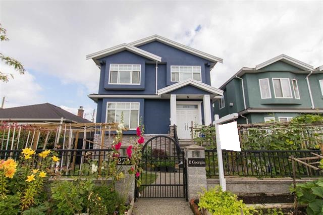 Main Photo: 2741 E GEORGIA Street in Vancouver: Renfrew VE House for sale (Vancouver East)  : MLS(r) # R2128620