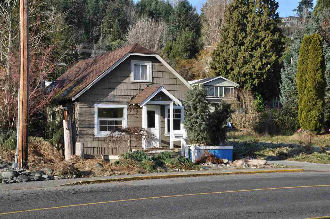 "Main Photo: 444 GOWER POINT Road in Gibsons: Gibsons & Area House for sale in ""LOWER GIBSONS BAY AREA"" (Sunshine Coast)  : MLS(r) # R2129586"
