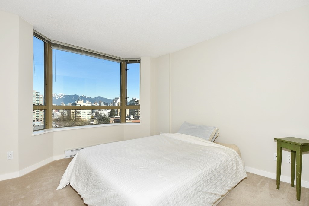 "Photo 8: 901 1316 W 11TH Avenue in Vancouver: Fairview VW Condo for sale in ""The Compton"" (Vancouver West)  : MLS® # R2138686"
