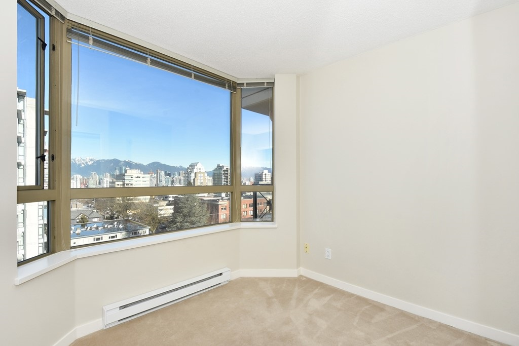 "Photo 10: 901 1316 W 11TH Avenue in Vancouver: Fairview VW Condo for sale in ""The Compton"" (Vancouver West)  : MLS® # R2138686"