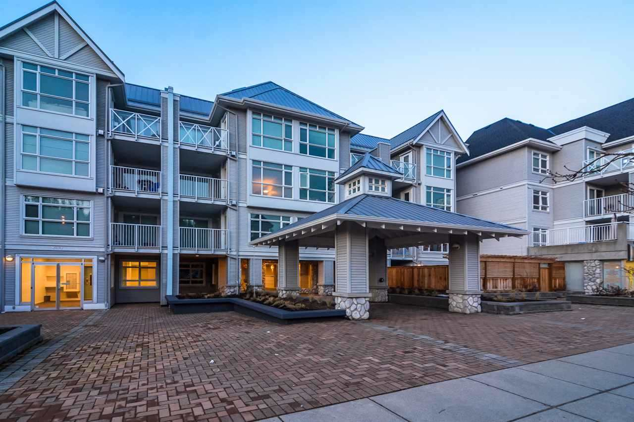 "Main Photo: 215 3122 ST JOHNS Street in Port Moody: Port Moody Centre Condo for sale in ""Sonrisa"" : MLS® # R2146723"