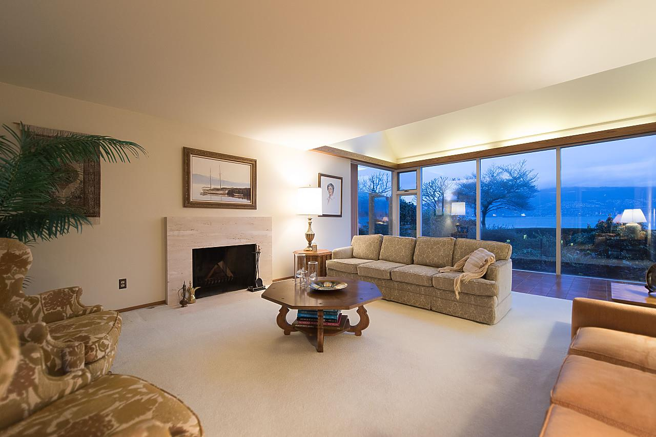 Photo 5: 3011 POINT GREY Road in Vancouver: Kitsilano House for sale (Vancouver West)  : MLS® # R2149733