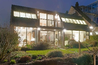 Main Photo: 3011 POINT GREY Road in Vancouver: Kitsilano House for sale (Vancouver West)  : MLS(r) # R2149733